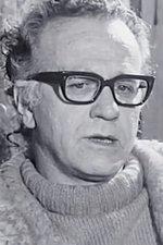 Clifton Pugh Paints Gough Whitlam