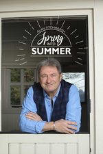 Alan Titchmarsh: Spring into Summer